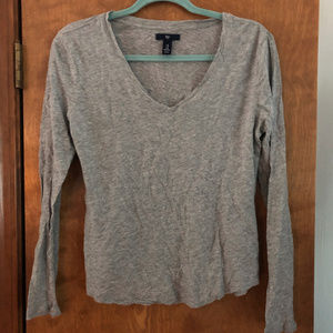 GAP Gray Long Sleeve T-Shirt